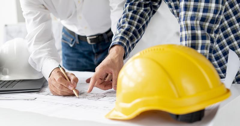 Cassazione: competenza geometra limitata a piccole costruzioni agricole e modeste costruzioni civili