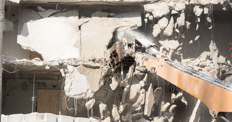 Reati edilizi e ordine di demolizione: quando può essere revocato?