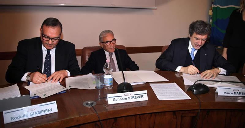Porti: Intesa con Autorità portuale per rafforzare il ruolo dell'Abruzzo in Europa