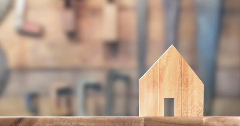 """Abusi edilizi di """"necessità"""" e diritto all'abitazione: è possibile revocare l'ordine di demolizione?"""