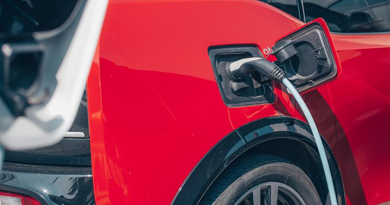 Stazioni di ricarica per veicoli elettrici: nuovi chiarimenti dall'Agenzia delle Entrate sull'IVA