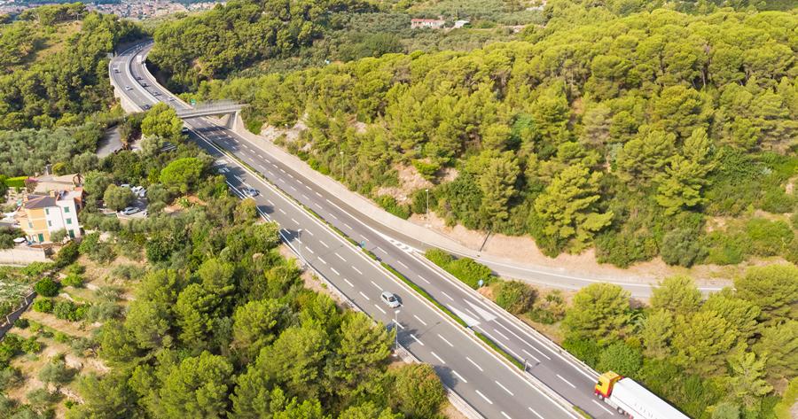 Concessioni autostradali: la CGUE su rinnovo e project financing