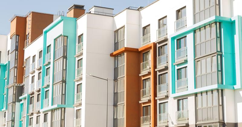 Infiltrazioni, danni e responsabilità in condominio: nuovi chiarimenti dalla Cassazione