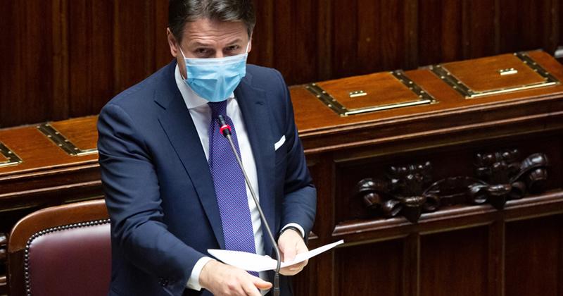 Ultime notizie Coronavirus: la diretta del Premier Conte al Senato, in arrivo un nuovo DPCM: misure differenziate sulla base del livello di rischio dei territori