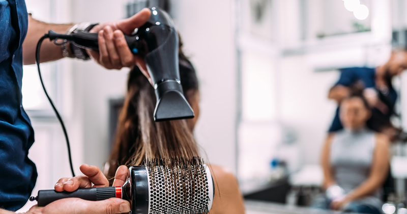 Emergenza Covid-19: il Documento tecnico Inail per la gestione della fase 2 per parrucchieri ed estetisti