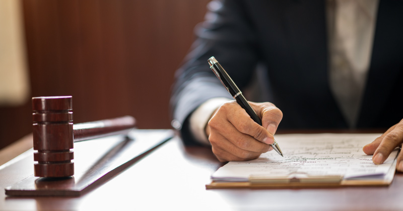 Limitazioni alla partecipazione alle gare: la Corte Costituzionale sulla Legge della Regione Toscana n. 18/2019