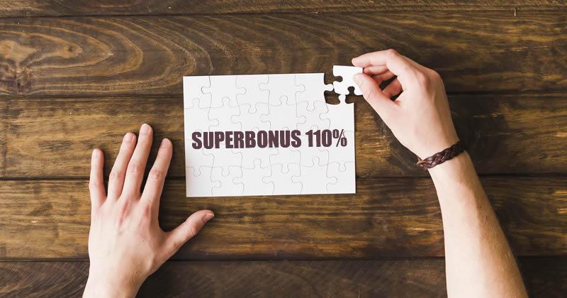 Superbonus 110%, interventi e limiti di spesa: chiarimenti su isolamento termico lastrico solare e fotovoltaico