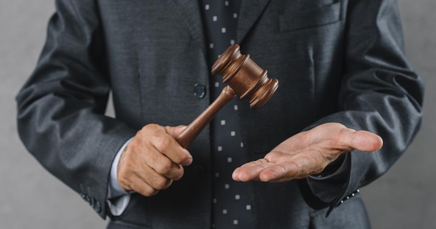 Abusi edilizi, diritto di terzi e obblighi della P.A.
