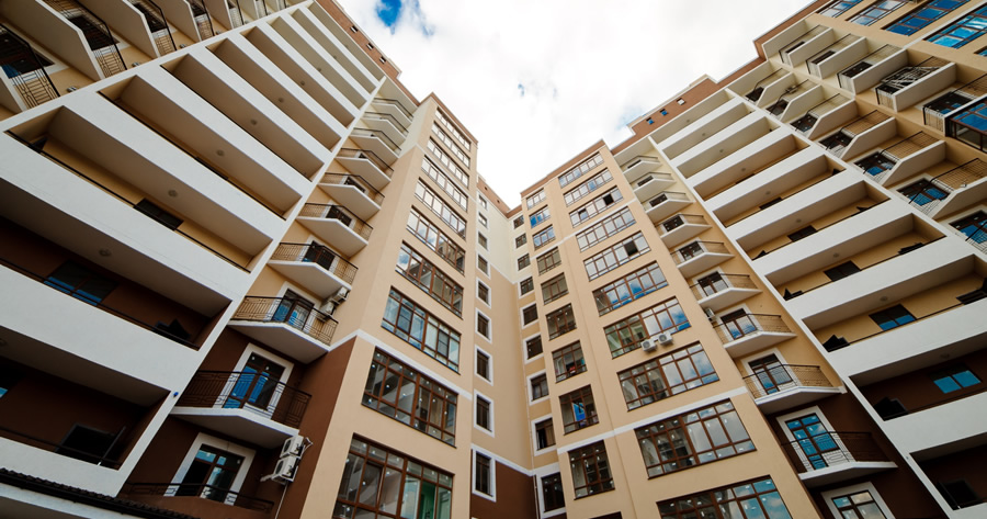 Amministratore di condominio: la Cassazione sulla revoca dell'incarico e la professionalità