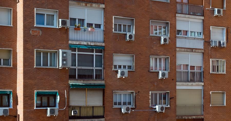 Superbonus 110%, abusi edilizi e condomini: la maggioranza per l'approvazione dei lavori