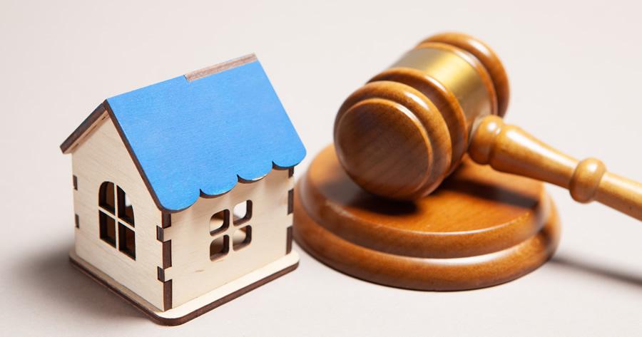 Condono edilizio, interventi minori e vincoli: interviene la Cassazione