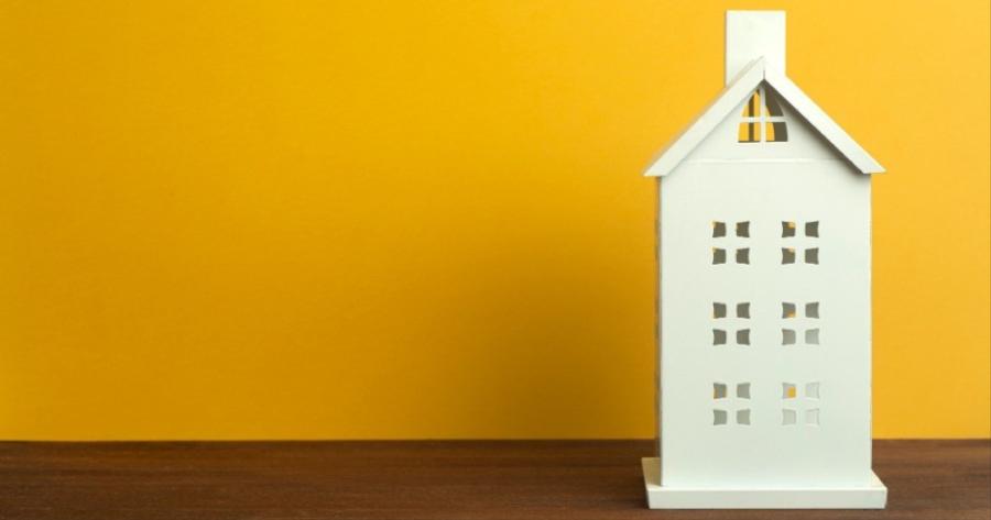 Crollo e ricostruzione tetto condominiale tra innovazione e modificazione