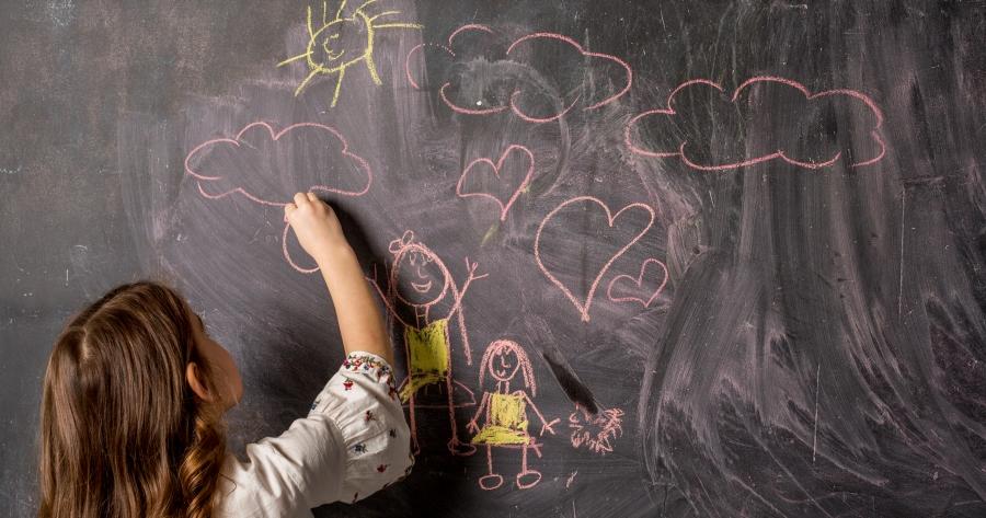 Asili nido, Scuole dell'infanzia e Centri Polifunzionali: in Gazzetta Ufficiale modello e modalità per la richiesta di contributi