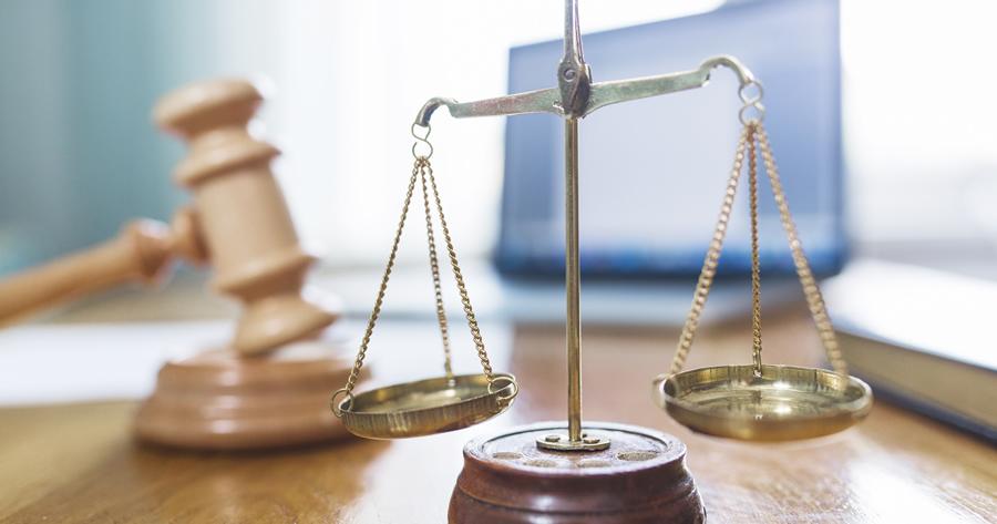 Condominio, realizzazione secondo bagno e rumori molesti: la sentenza della Cassazione
