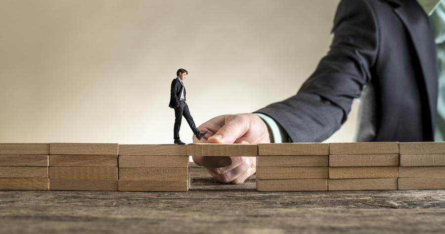 Contributi a fondo perduto: accesso società in leasing