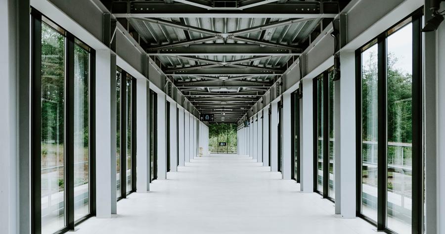 Tamponatura portico: ci vuole il permesso di costruire?