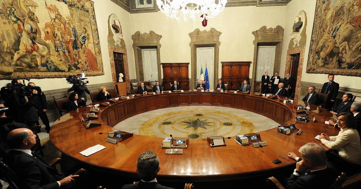 Piano casa liguria il governo impugna la legge 22 - Legge piano casa ...