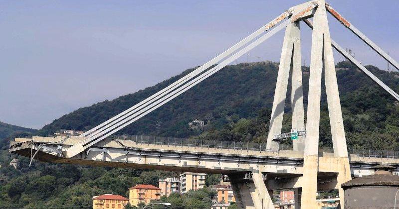 Crollo del Ponte Morandi: I diversi pensieri di Luigi Di Maio e di Matteo Renzi