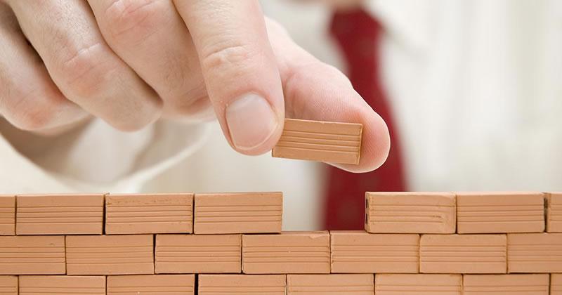 Abusi edilizi, la sanabilità dell'opera non esclude la sanzione