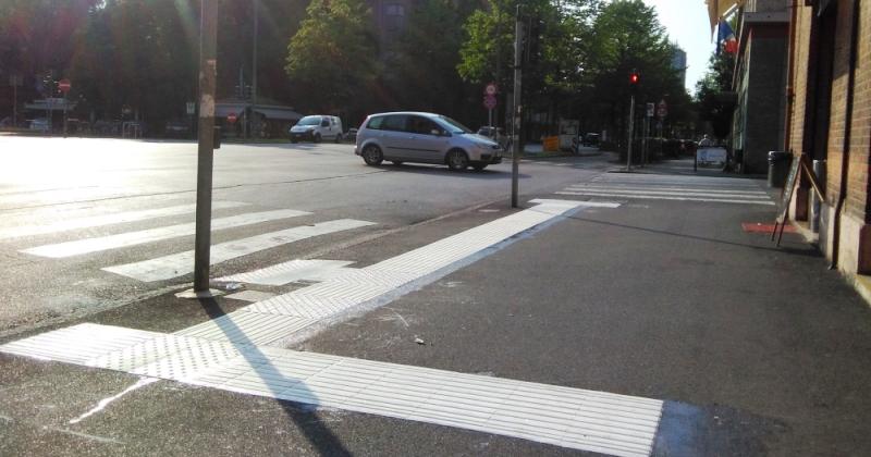 Attraversamenti stradali semaforizzati per non vedenti: Bando del MIT