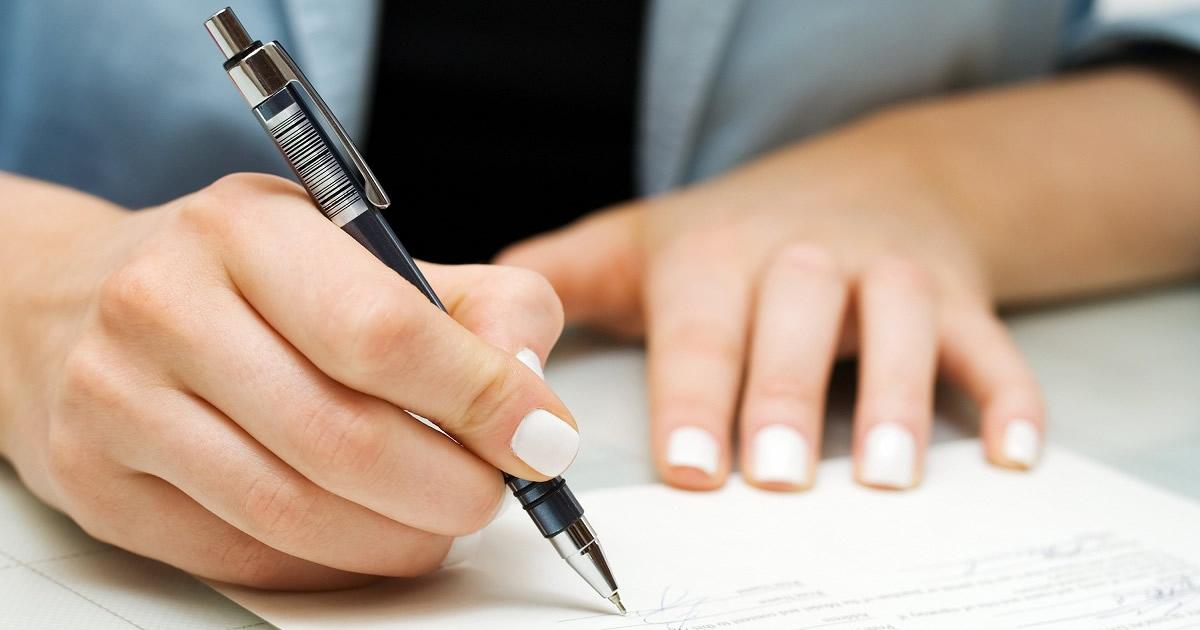Regime forfetario per imprenditori e professionisti: chiarimenti dalle Entrate