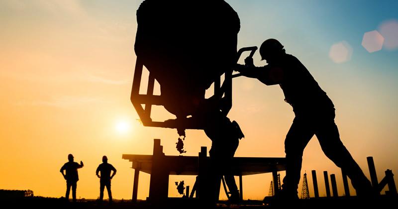 Costi manodopera e violazione dei minimi tabellari: legittima l'esclusione senza contraddittorio