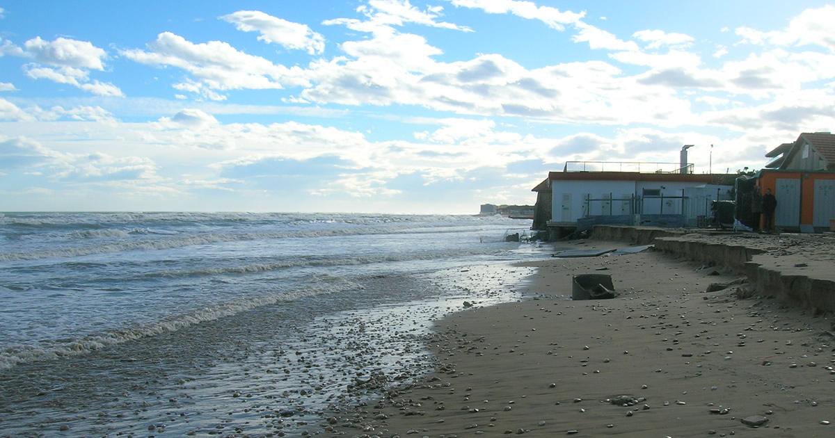 Abruzzo, fondi della Regione ai Comuni per gli interventi contro l'erosione della costa