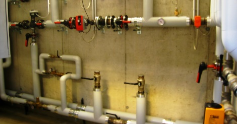 Impianti di alimentazione e distribuzione di acqua fredda e calda. Progettazione, installazione e collaudo secondo la norma UNI 9182:2014