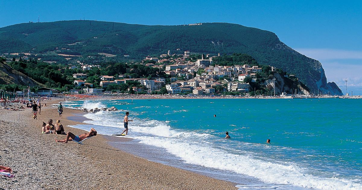 Marche, pubblicato il bando per il miglioramento delle strutture ricettive turistiche
