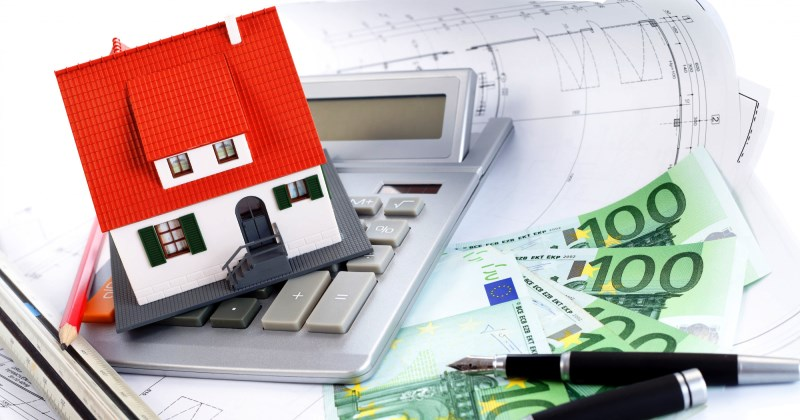 Mercato immobiliare: Confronto tra prezzi e compravendite
