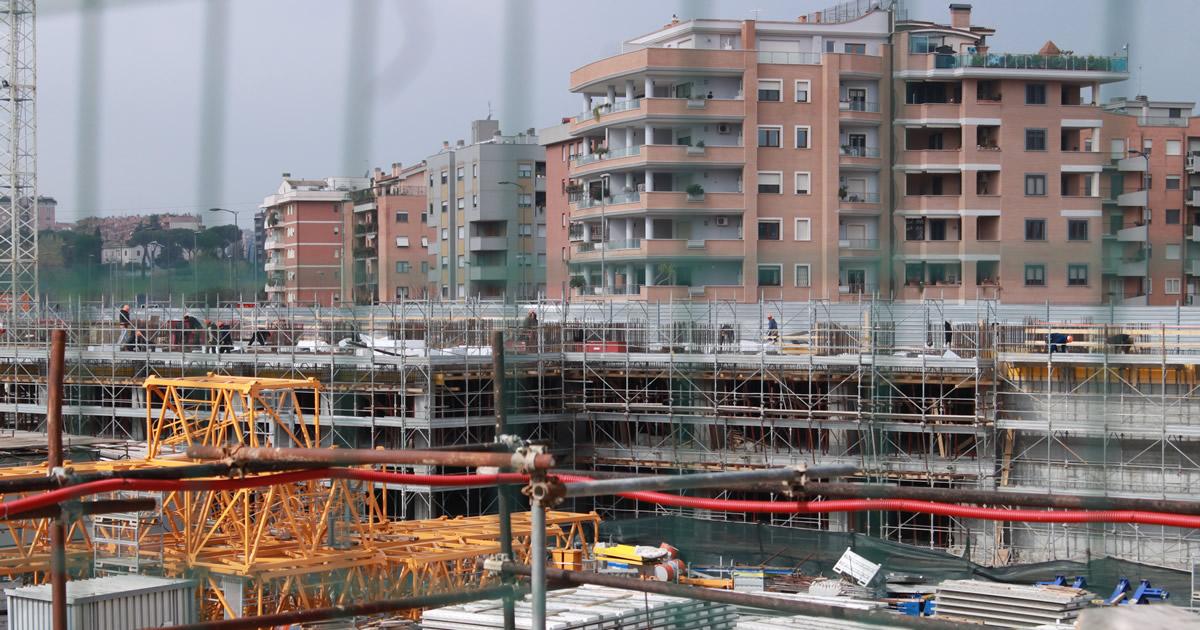 Produzione costruzioni: l'indice torna a diminuire a dicembre 2015