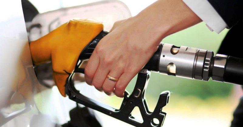 Carburanti per autotrazione: E-fattura rinviata all'1 gennaio 2019
