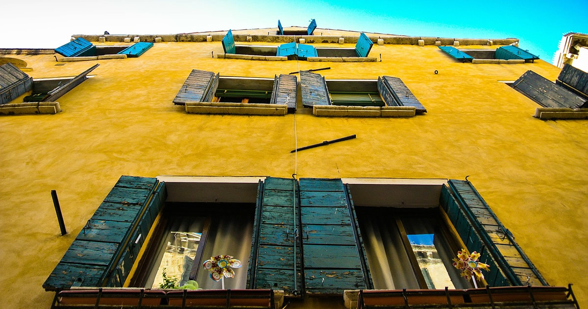 Risparmio energetico: aggiornata la guida delle Entrate con le norme per il Condominio