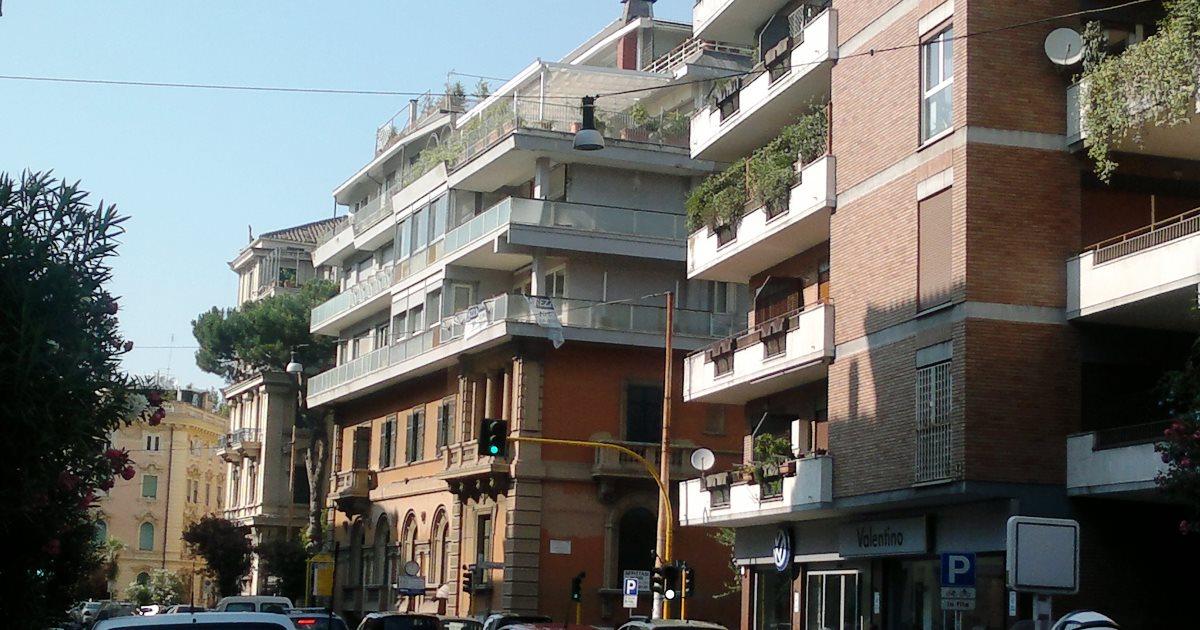 Trga di Trento: Nessun assenso dei condomini per sopraelevare l'ultimo piano di un edificio