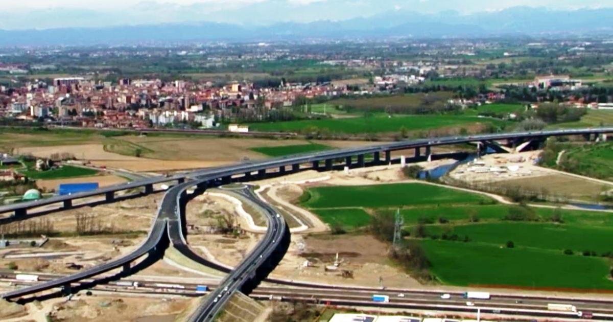 Crollo viadotti. Servono 2,5 miliardi l'anno per la manutenzione se ne spendono solo 450 milioni