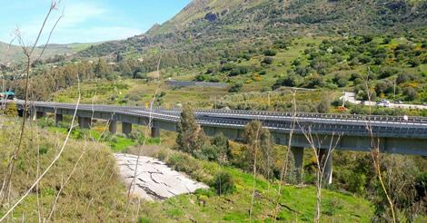 Viadotto Himera, M5S: rompere gli schemi per contrastare l'emergenza