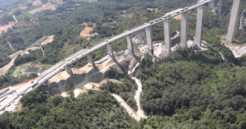 ANAS: stipulato l'appalto per il risanamento di impalcati, giunti e barriere lungo i viadotti nella Regione Calabria
